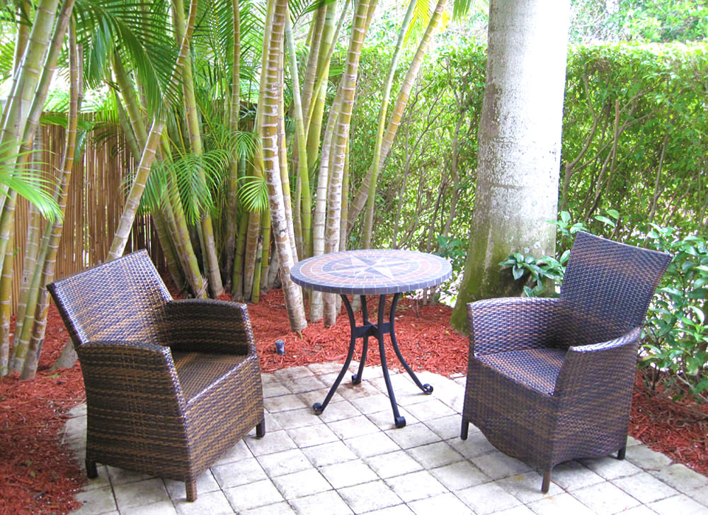 16-Secluded-Patio-with-BBQ-Grill - palm beach